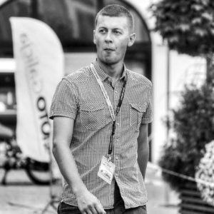 grzebinoga-director